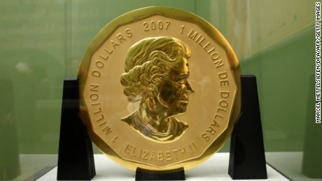 "Picture taken on December 8, 2010 shows the gold coin ""Big Maple Leaf"" on display at Berlin's Bode Museum. Thieves stole the gold coin with a face value of $1 million and weighing 100 kilograms (220 pounds) from Berlin's Bode Museum on March 27, 2017. / AFP PHOTO / dpa / Marcel Mettelsiefen / Germany OUT        (Photo credit should read MARCEL METTELSIEFEN/AFP/Getty Images)"