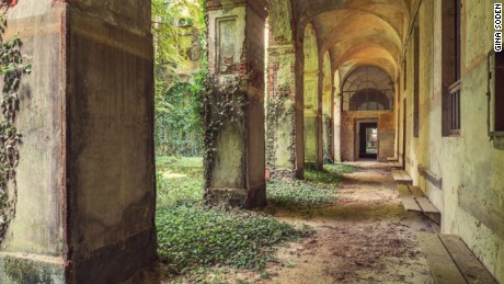 Photographer captures the beauty of Europe's abandoned buildings