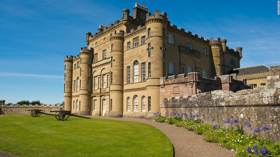 <strong>Culzean Castle</strong> -- Built in 1792, this castle in Ayrshire, Scotland, boasts a beautiful library, several museum-like drawing rooms and six grand guest suites.