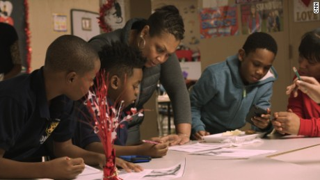 CNN Hero Jennifer Maddox works with kids in her after school program, Future Ties, housed in the Parkway Gardens Homes.