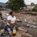 19 Colombia mud slides 0401