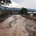 01 Colombia mud slides 0402