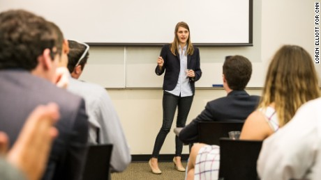 Lauren Cooley shares strategies for conservative activism at the annual meeting of the Florida Federation of College Republicans.