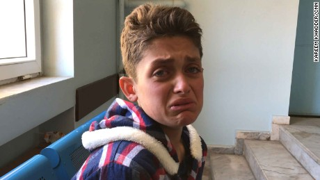 Teen lost 19 family members in Syria chemical attack: 'I saw the explosion'