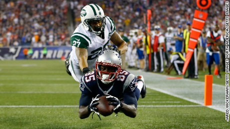 FOXBORO, MA - SEPTEMBER 12:  Wide receiver Kenbrell Thompkins #85 of the New England Patriots drops a pass in the endzone against cornerback Dee Milliner #27 of the New York Jets in the second quarter at Gillette Stadium on September 12, 2013 in Foxboro, Massachusetts.  (Photo by Jared Wickerham/Getty Images)