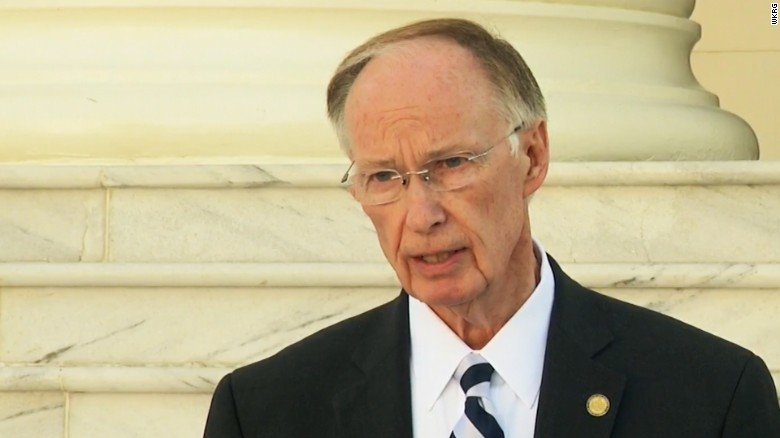 Gov. Bentley praises halt of impeachment proceedings