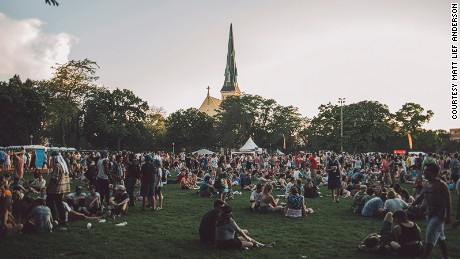 Pitchfork gathers hot talent and hip crowds to Chicago's Union Park.