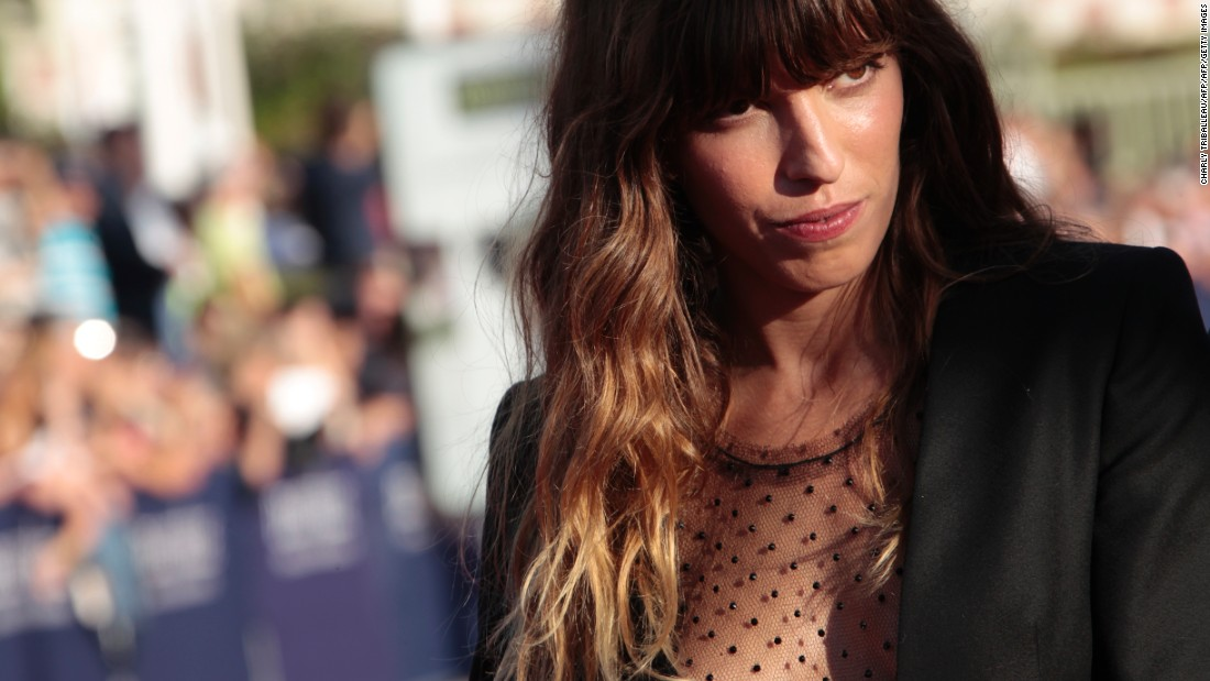 Lou Doillon Nude Photos 52