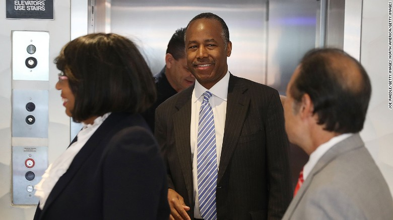 Ben Carson gets trapped in elevator