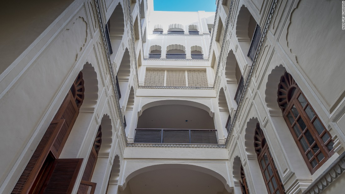 <strong>Careful restoration:</strong> Apart from opening walls to connect rooms and making space for elevator shafts, Jaipur-based firm STHAPATYA Architects kept the entirety of the original structure intact.