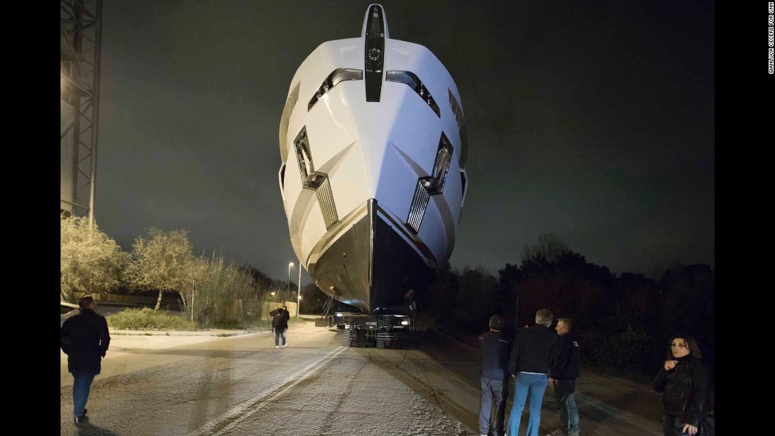 The fastest route for moving Rossinavi super yachts from the construction shed where they are built in Viareggio to the edge of the Mediterranean is through the streets on the edge of town.