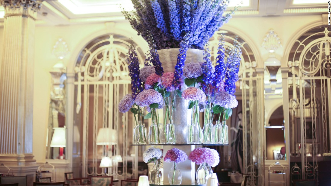<strong>Claridge's Hotel London:</strong> Internationally renowned florist McQueens excels in its lobby blooms for Claridge's, especially when it comes to holidays and special events.