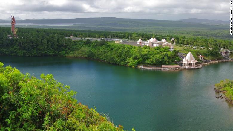 Sacred lake: Grand Bassin