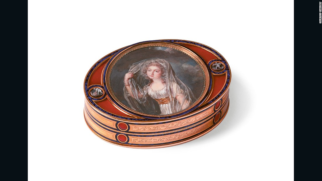 The show's oldest piece is a 1789 memorial box for the Marquise de Lawoestine, here painted in miniature.