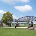 louisville waterfront park lincoln memorial