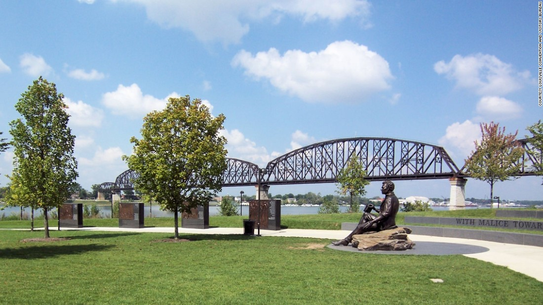 <strong>More green space: </strong>A more recent park project, Waterfront Park stretches along the Ohio River. The third phase includes the Lincoln Memorial and a bridge connecting the city to Southern Indiana.