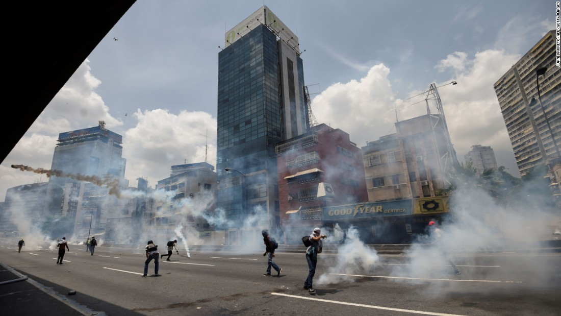 DTAG 17 TTDTAG 18 TT  3 Killed During Anti-government Protests In Venezuela