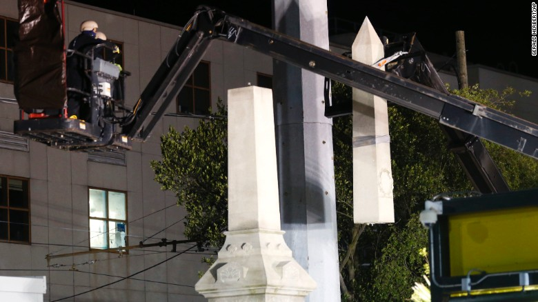 New Orleans removes first Confederate monument