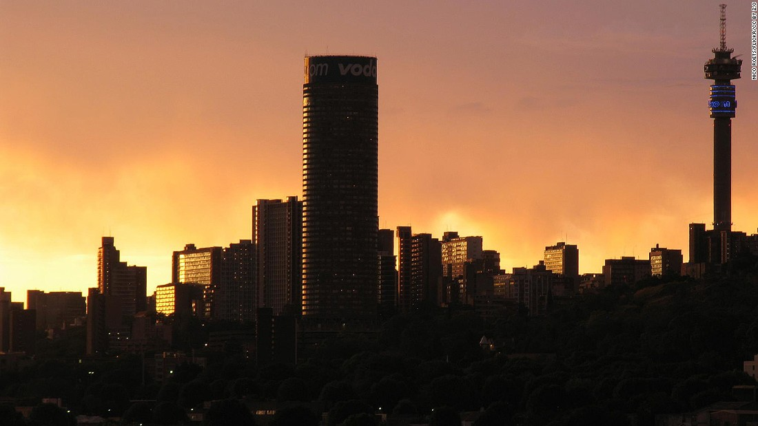 <strong>Johannesburg during sunsets: </strong>No matter how familiar you're with Johannesburg, sunset views over the city are still breathtaking every time -- especially from the top of the Ponte, in Delta Park or across the Mandela Bridge. (NICO ROETS/Flickr/CC by 2.0)