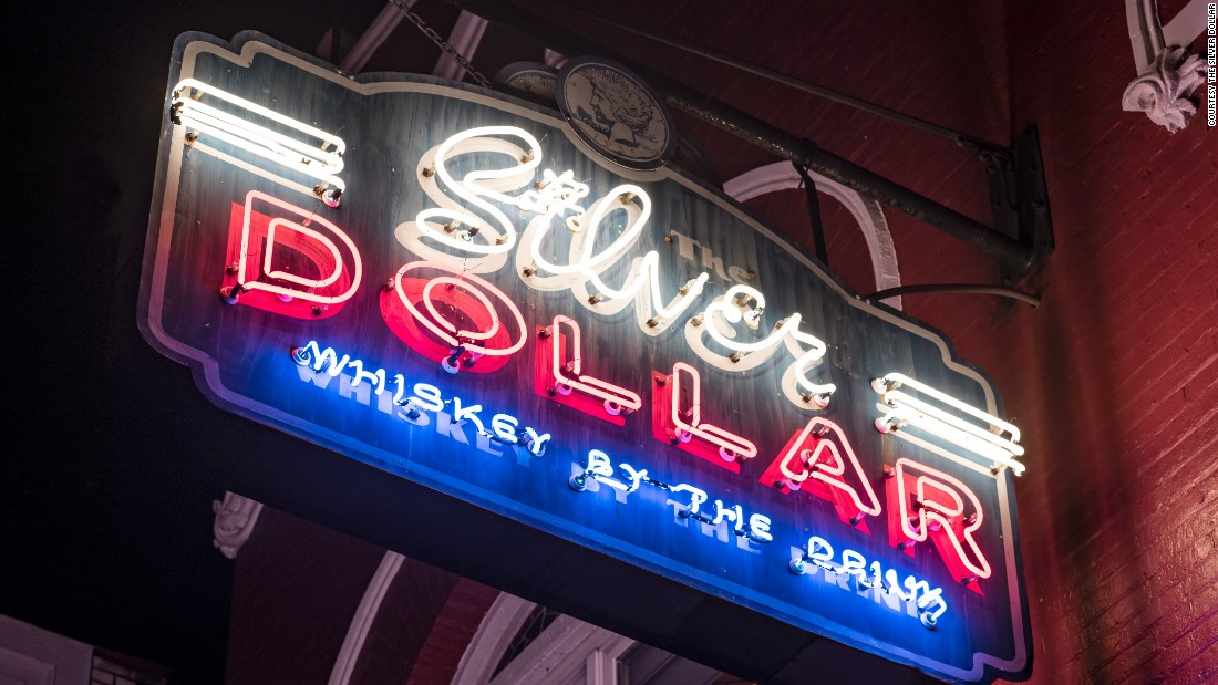 <strong>The Silver Dollar: </strong>This bar and restaurant is modeled on 1950s Bakersfield, California honky tonks.