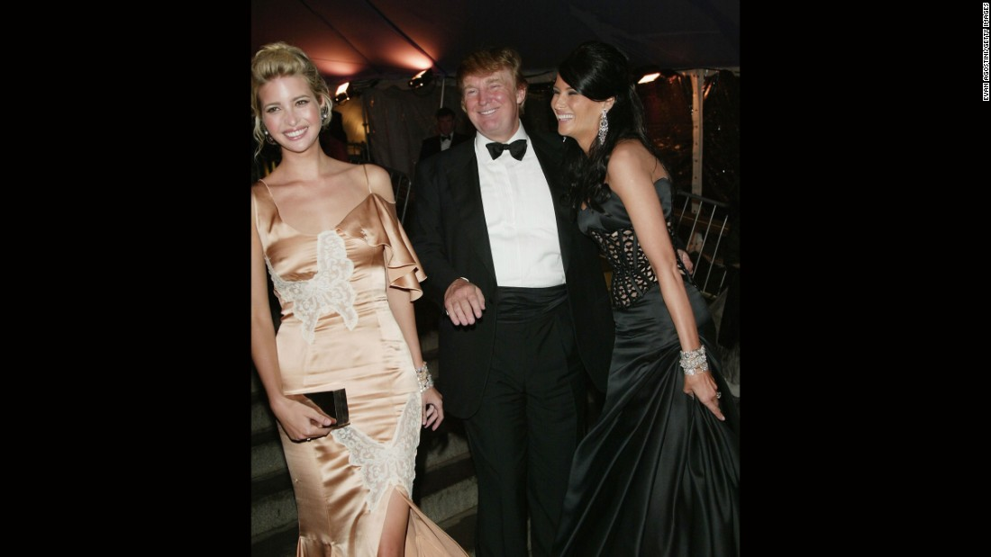 Donald Trump, Ivanka Trump and Melania Knauss