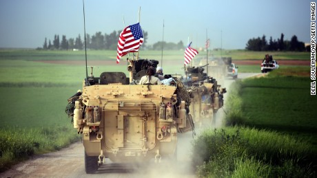 US troops patrol Syria's border with Turkey