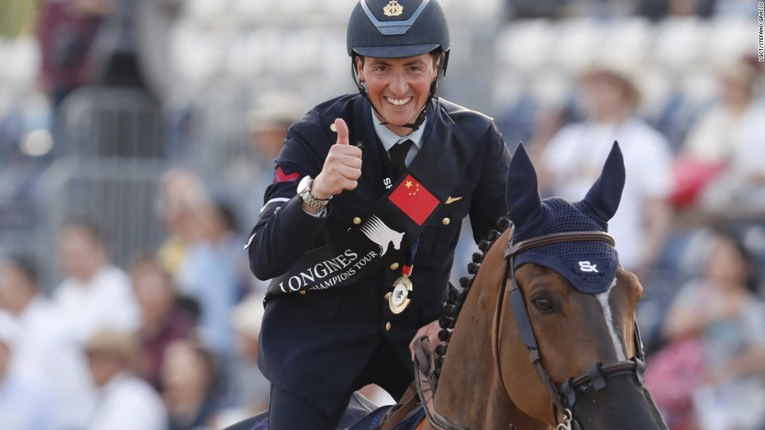 In the LGCT, Italy's Lorenzo de Luca secured a debut victory on the Tour after a dramatic jump-off.