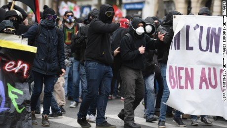 PARIS, FRANCE - MAY 01:  Demonstrators confront police on the annual May Day worker's march on May 1, 2017 in Paris, France. Police dealt with violent scenes in central Paris during the rally held close to the Place de la Bastille, where protestors shouted 'Fascists out!'.  (Photo by Jeff J Mitchell/Getty Images)