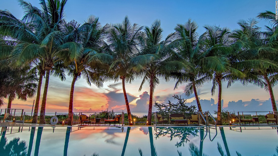 <strong>Carillon Miami:</strong> Twilight-hour views at the Carillon Miami Wellness Resort are nearly as soothing as the spa's facials and body treatments.