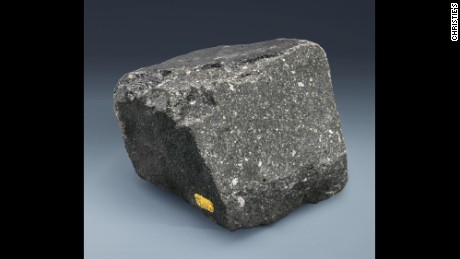 A large specimen of Allende comprising carbonaceous chondrite