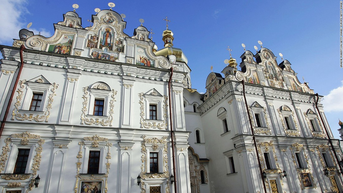 <strong>Kiev Pechersk Lavra, Kiev:</strong> Kiev Pechersk Lavra (Monastery of the Caves) is one of the most popular tourist attractions in Kiev along with St. Sophia's Cathedral.