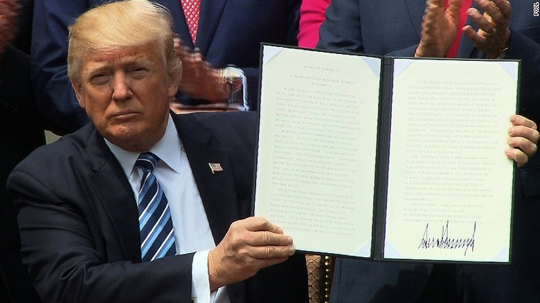 trump signs executive order to vigorously promote religious