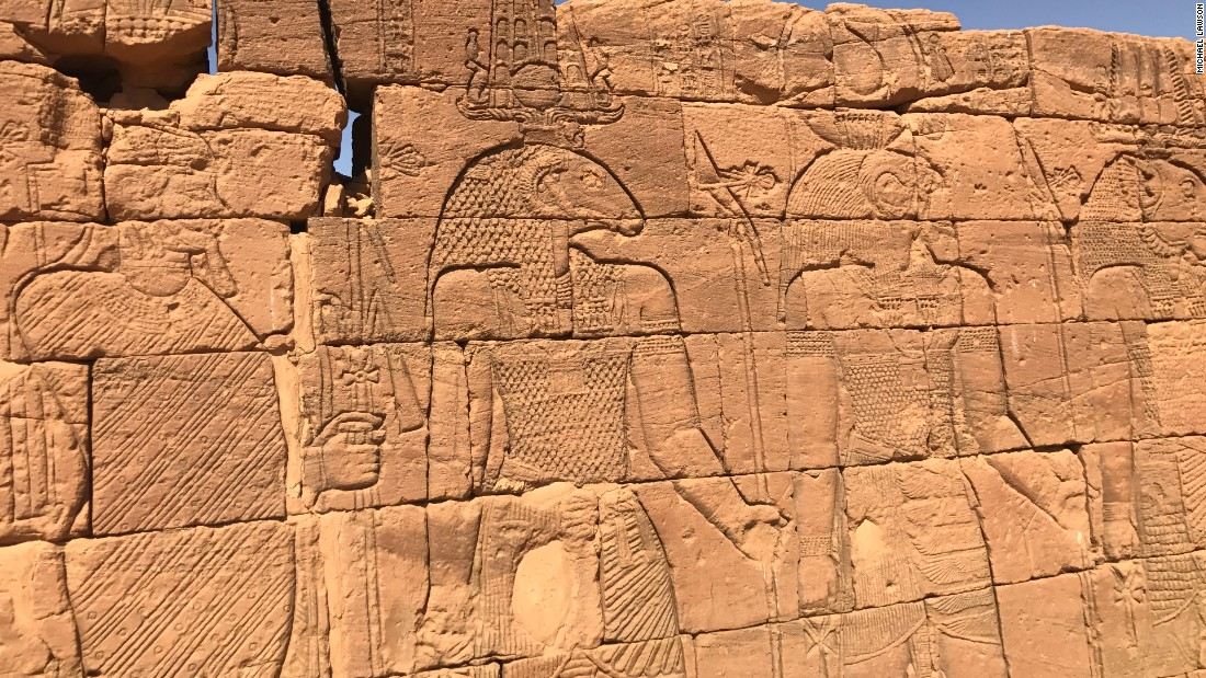 Some of the wall carvings on the Sudanese temples are reminiscent of Egyptian art.