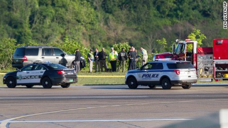 Two die in plane crash at West Virginia airport, officials say (UPS)