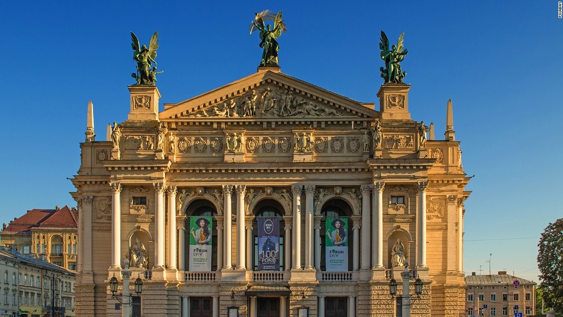<strong>Lviv Theatre of Opera and Ballet: </strong>Built between 1897 and 1900, the opera house is one of the most striking buildings in Ukraine.  <strong> </strong>