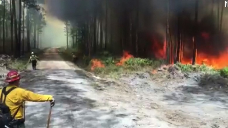 Wildfire prompts evacuations in Georgia town