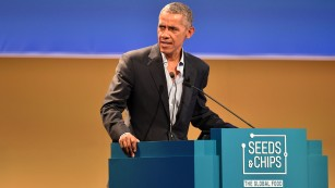Obama returns to spotlight to speak up on climate change