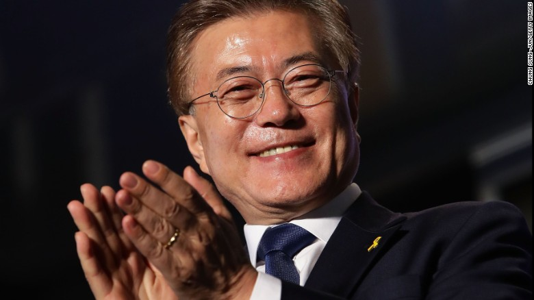 Xi Congratulates Moon Jae-in's Election as South Korean President