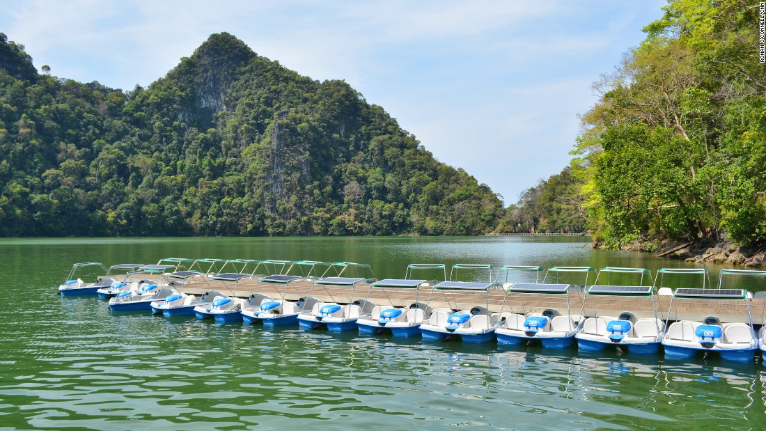 <strong>Pregnant Maiden Lake: </strong>Dayang Bunting island is home to the famed Pregnant Maiden Lake. The name comes from a local legend that infertile women who trek through the island's dense forest and bathe in its mystical lake will be able to have children.