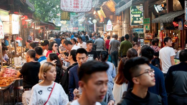 Macri dijo en China que espera que empiecen en septiembre — Represas