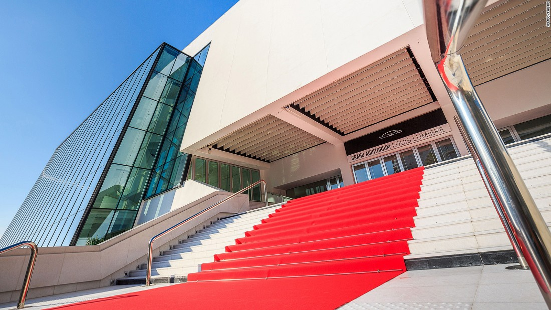 <strong>Palais des Festivals et des Congrès: </strong>For about two weeks every year, this convention center gathers the biggest international names in the movie industry.