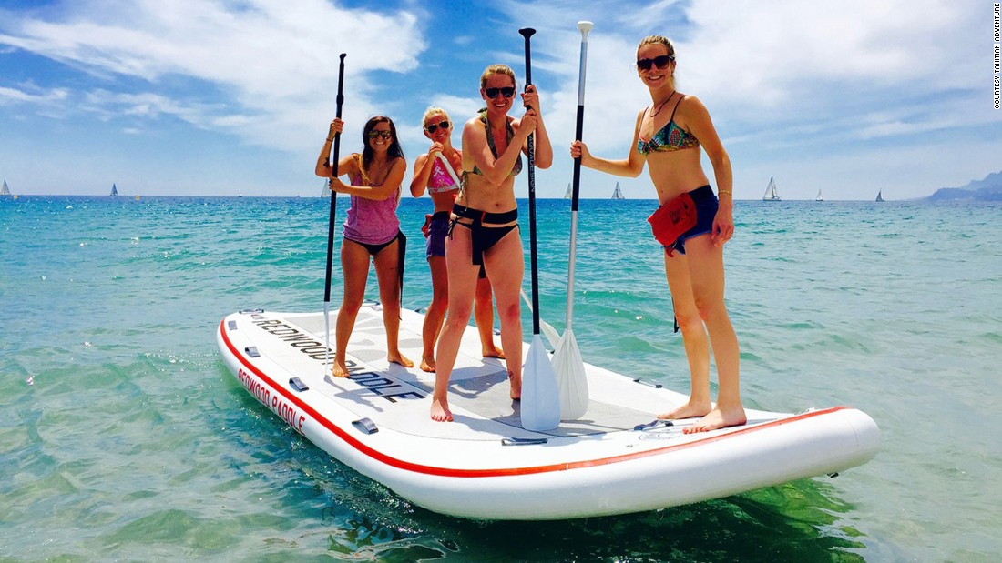 <strong>Water activities: </strong>Tahitian Adventure is one of the tour companies that provides canoeing and stand-up paddleboat activities at the Lerins Islands.