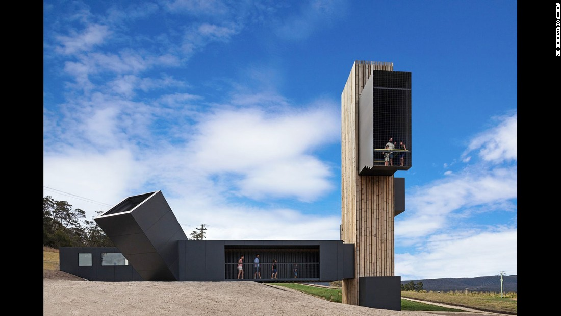 Devil's Corner by Cumulus Studio is home to one of Tasmania's largest vineyards. In this design, timber-clad shipping containers are arranged in such a way to provide scenic views of the surrounding landscape.