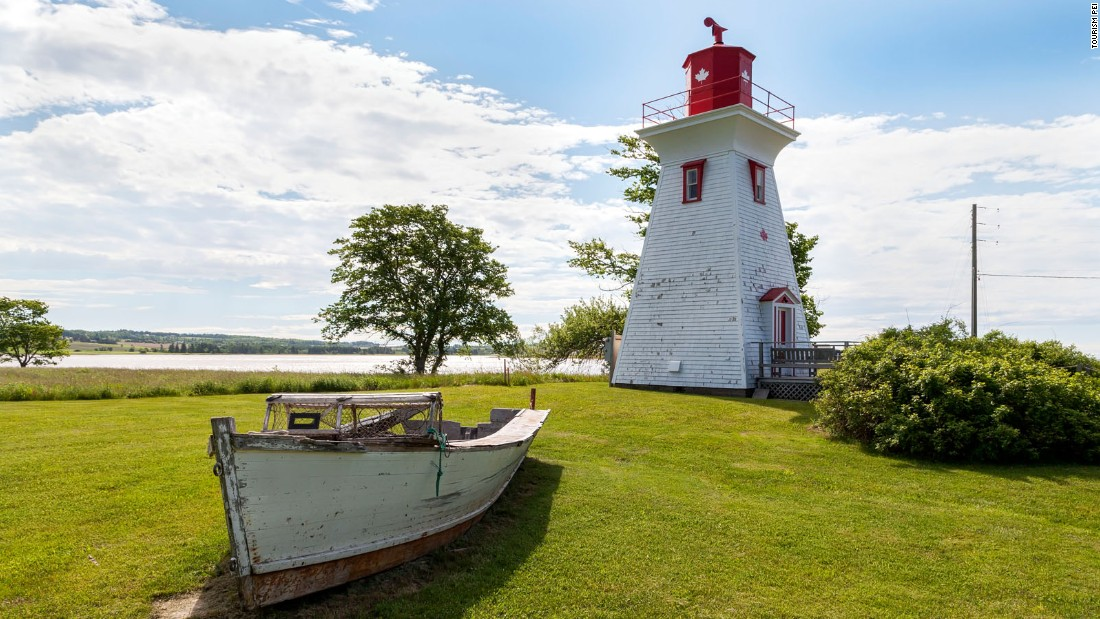 <strong>Victoria by the Sea: </strong>This seaside community of about 100 people founded in 1819 is filled with pretty heritage homes, a chocolatier, some excellent seafood restaurants and a harbor -- historic lighthouse included.