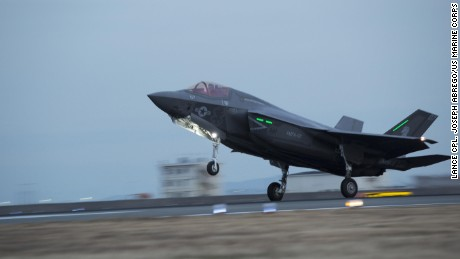 F-35 fighters grounded over oxygen problems