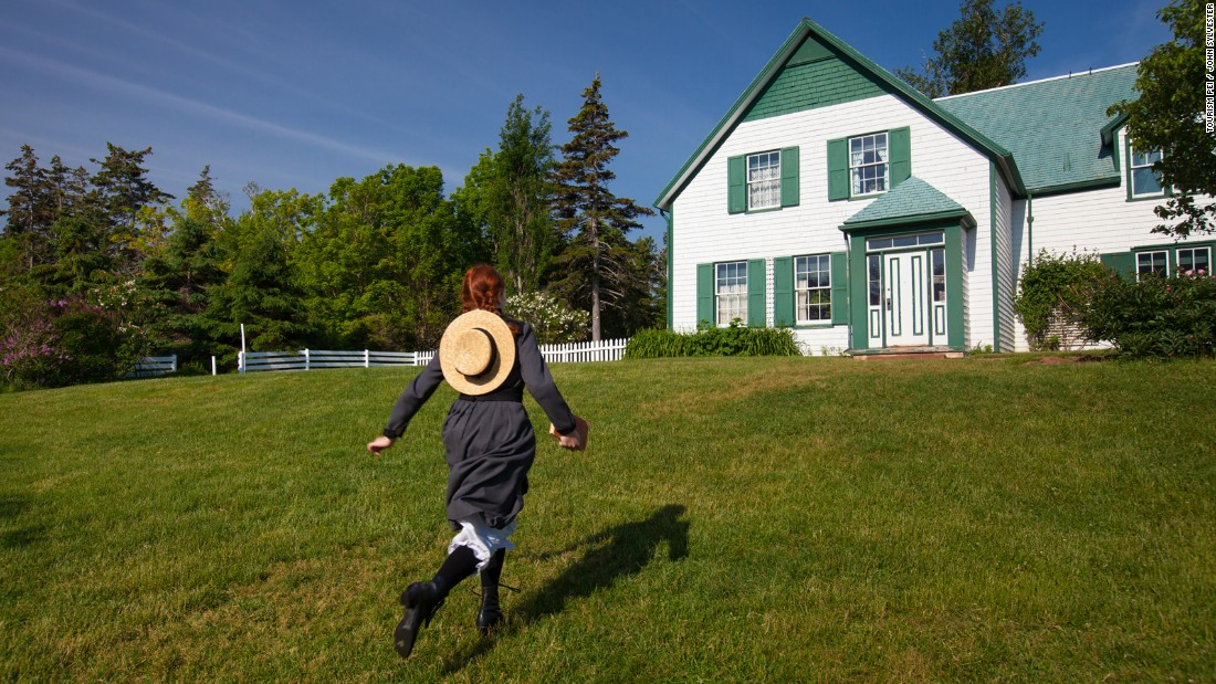 <strong>Anne of Green Gables House:</strong> Located in Cavendish, this historical house was once owned by cousins of author Lucy Maud Montgomery and is said to have helped inspire her tales of Anne.