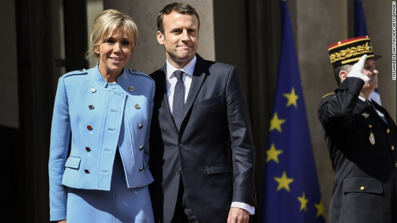 Emmanuel Macron with his wife, Brigitte Trogneux, at the inauguration on Sunday.
