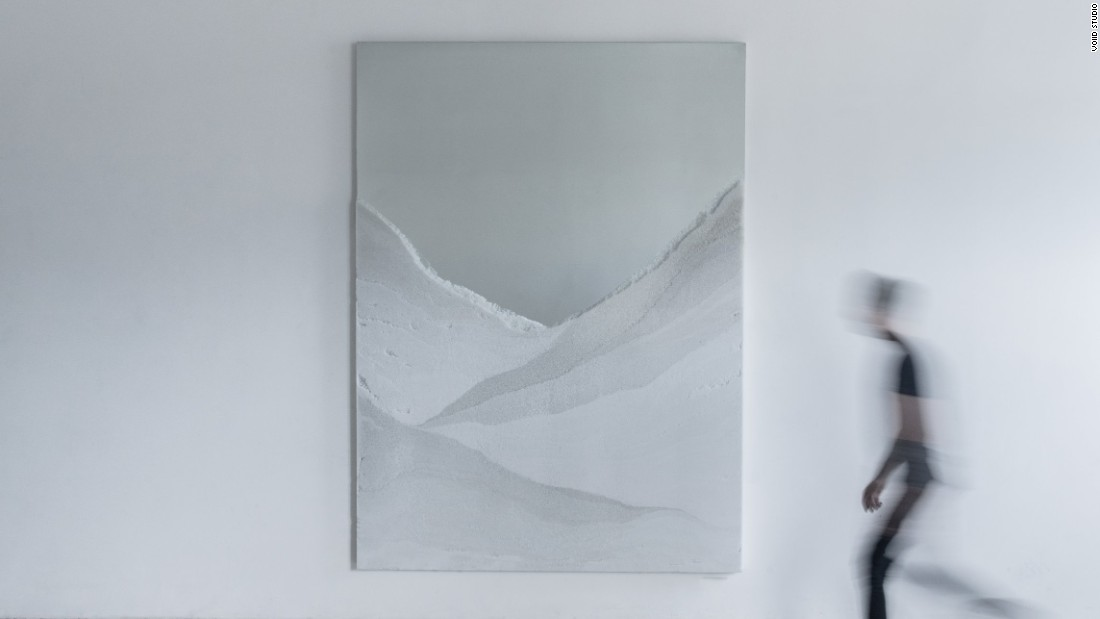 Thaw sees crushed and powdered glass mixed with cement to capture the form, tones and textures of glaciers.<br />