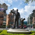 Disneyland Paris Partners statue