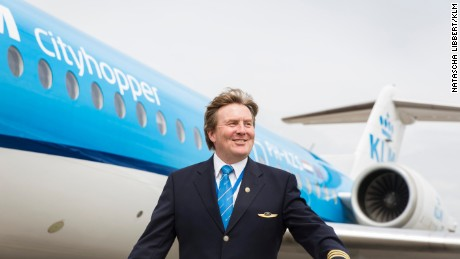 The King regularly took the co-pilot's chair for short-haul flights around Europe, an interview with a Dutch newspaper revealed.